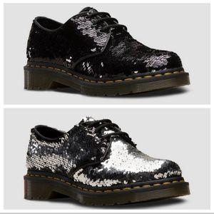 Dr. Martens Sequin Lace Up Loafer Size 6 EUC